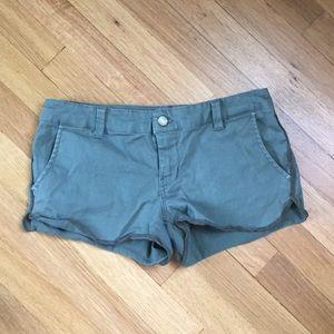 Women's Roxy green shorts